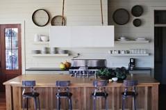 Shiplap-Wall-Ideas-Home-04-1-Kindesign